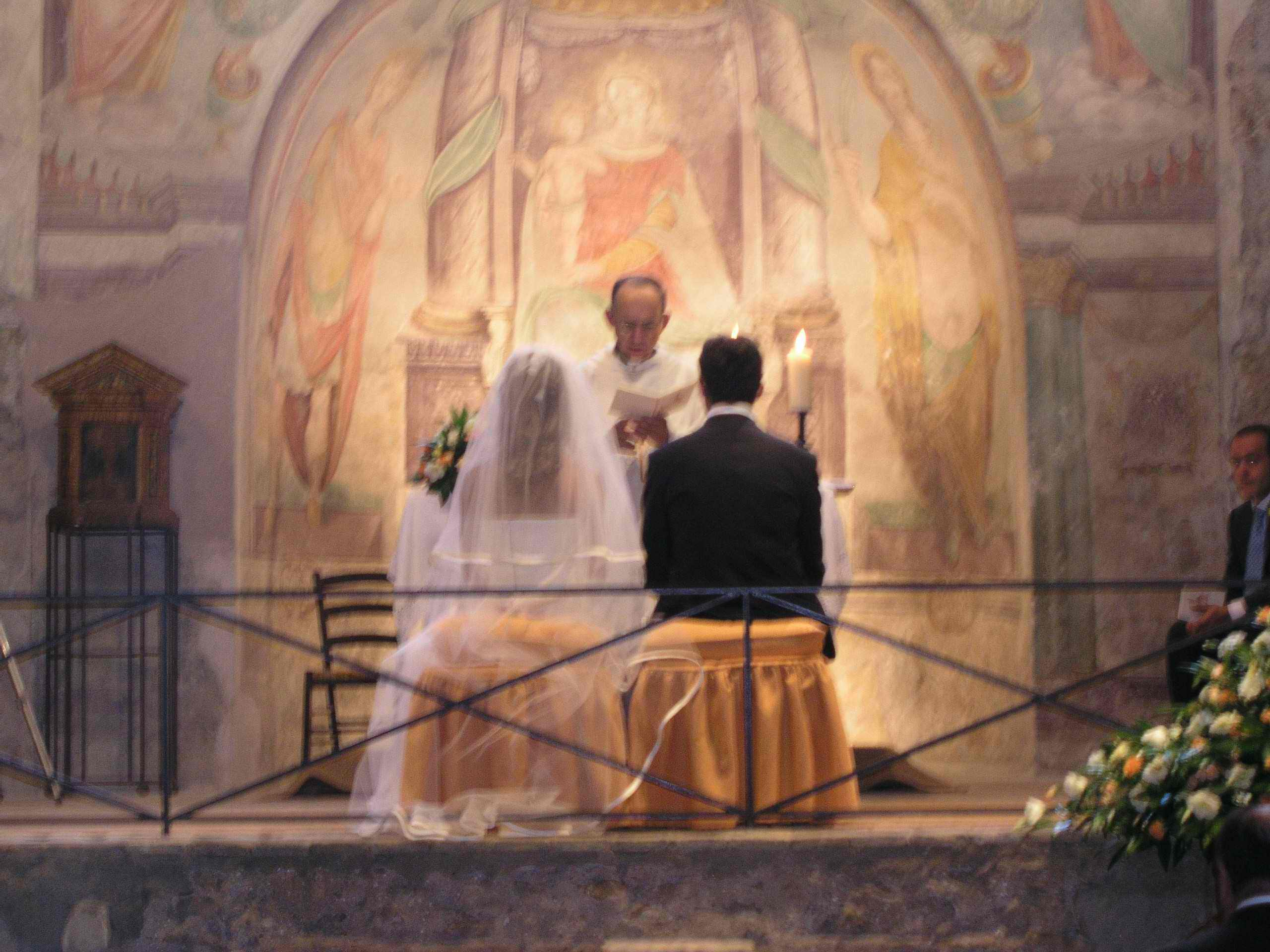 Matrimonio In Tre : Cattolicesimo co su religioni e